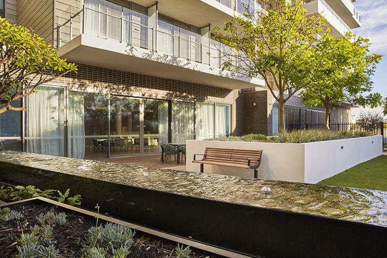Queendlea Claremont Serviced Apartment Gardens